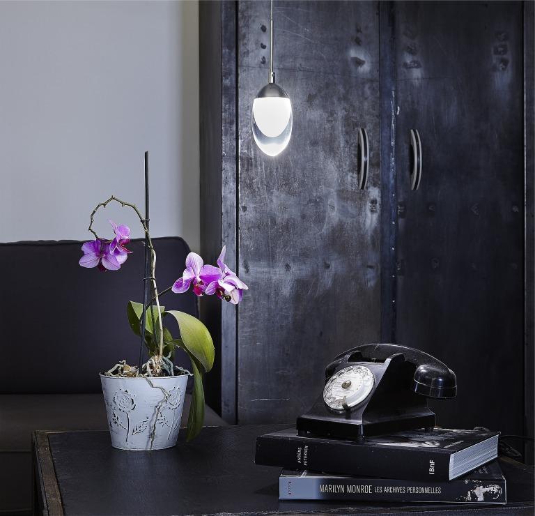 lamp-1698847_1920